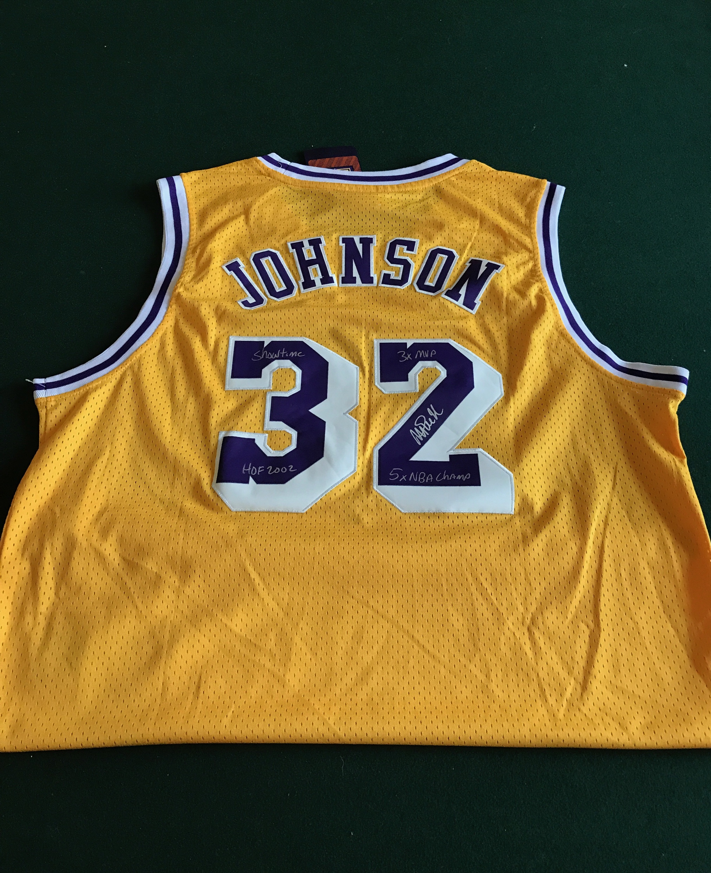 the latest 817c4 a4fe8 SSG Certified Signed Magic Johnson Lakers Jersey (Yellow)